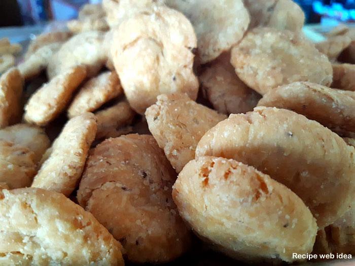 Mathri Recipe | Salted Crackers